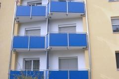 Geländer mit farblicher Füllung-1